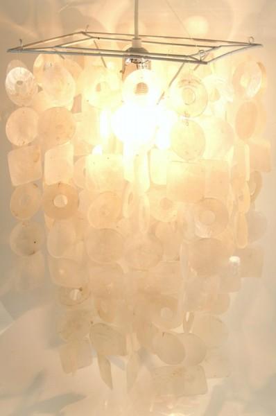 Retro Muschel Deckenlampe `seventy` / Oceanlights-Muschelleuchten